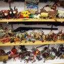 Cowboy Figurines & Collectibles