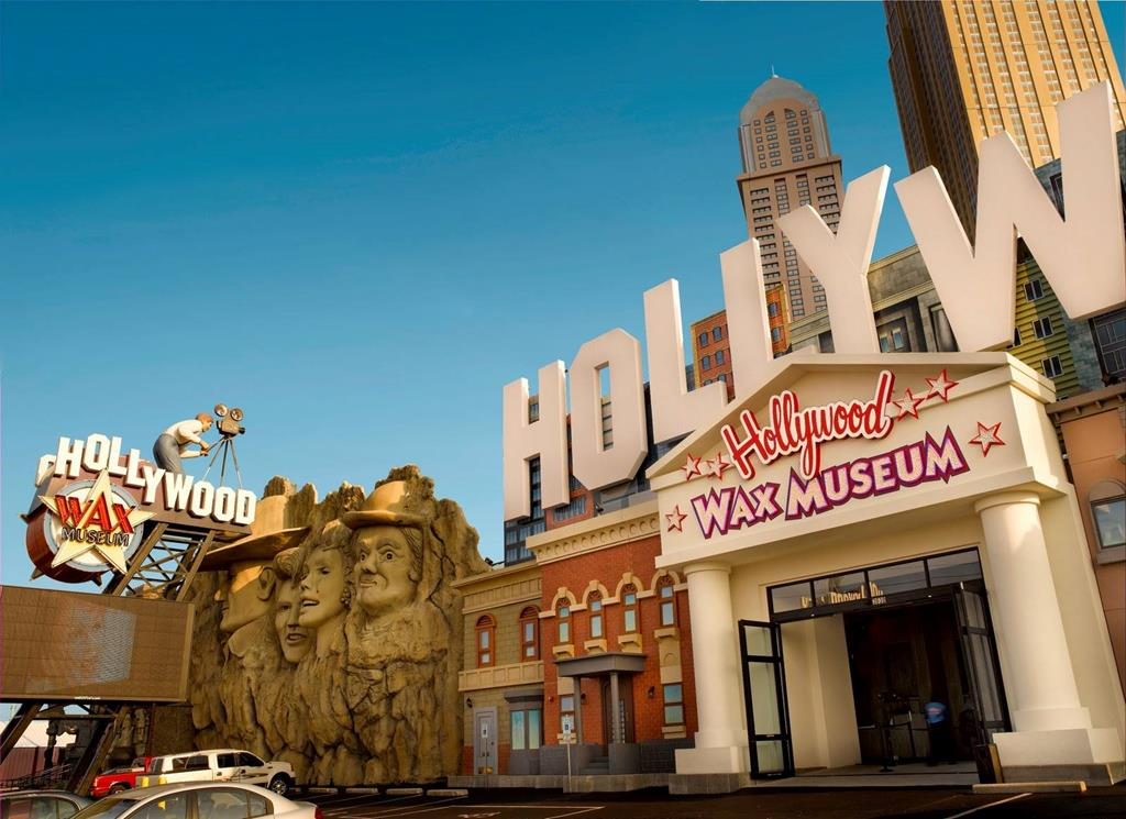 Hollywood Wax Museum (Branson) - Call: 1 (800) 504-0115 ...