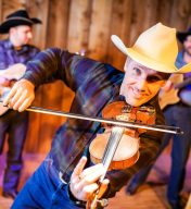 Roundup On the Trail – Chuckwagon Dinner Show
