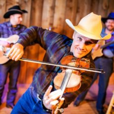 Roundup On the Trail – Chuckwagon Dinner Show