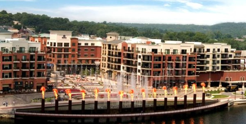 Branson Landing Fountains Branson Mo The Travel Office