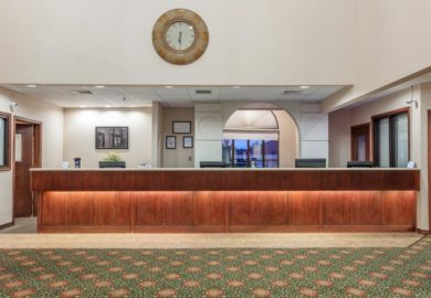 Angel Inn by the Strip (Hotel Branson/Howard Johnson)
