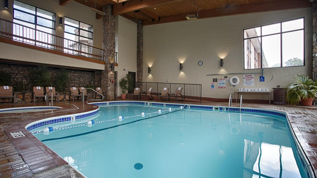 Hotel indoor pool for Western pool show 2015