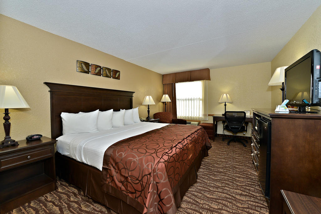 Best Western Center Pointe Inn Package