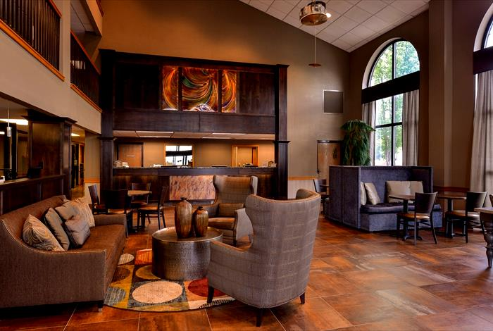 Welcome to the warm and friendly Residence Inn Branson, MO. As the premier choice among Branson hotels, our extended stay hotel is designed for the marathon business traveler, family or traveling group.