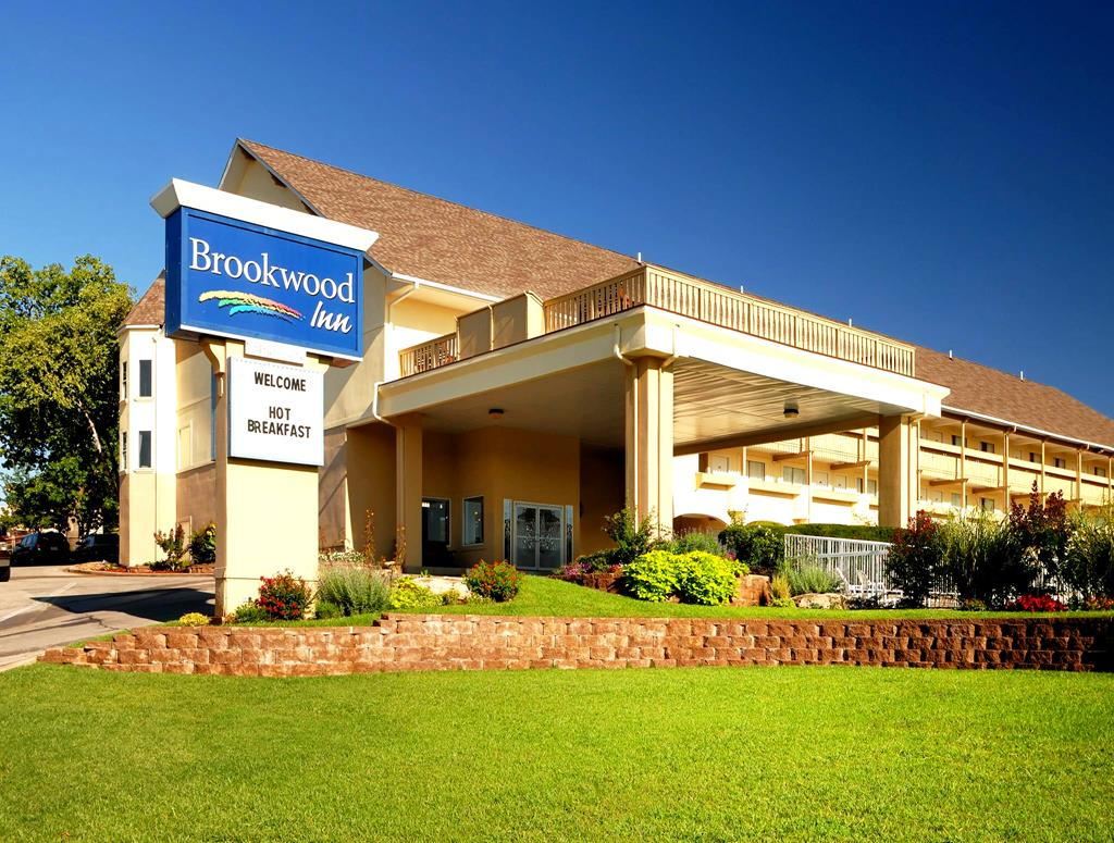 Brookwood Inn Packages