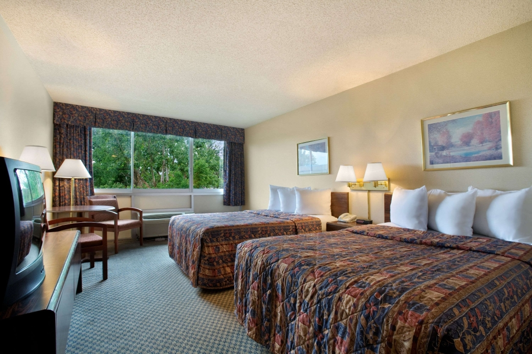 Days Inn Branson Package