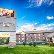 Grand Oaks Hotel in Branson, Missouri