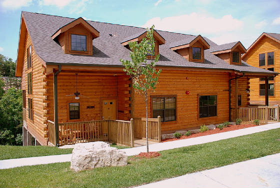 Cabins At Grand Mountain 2 Bedroom Loft Branson Call 1 800 504 0115 Branson Travel