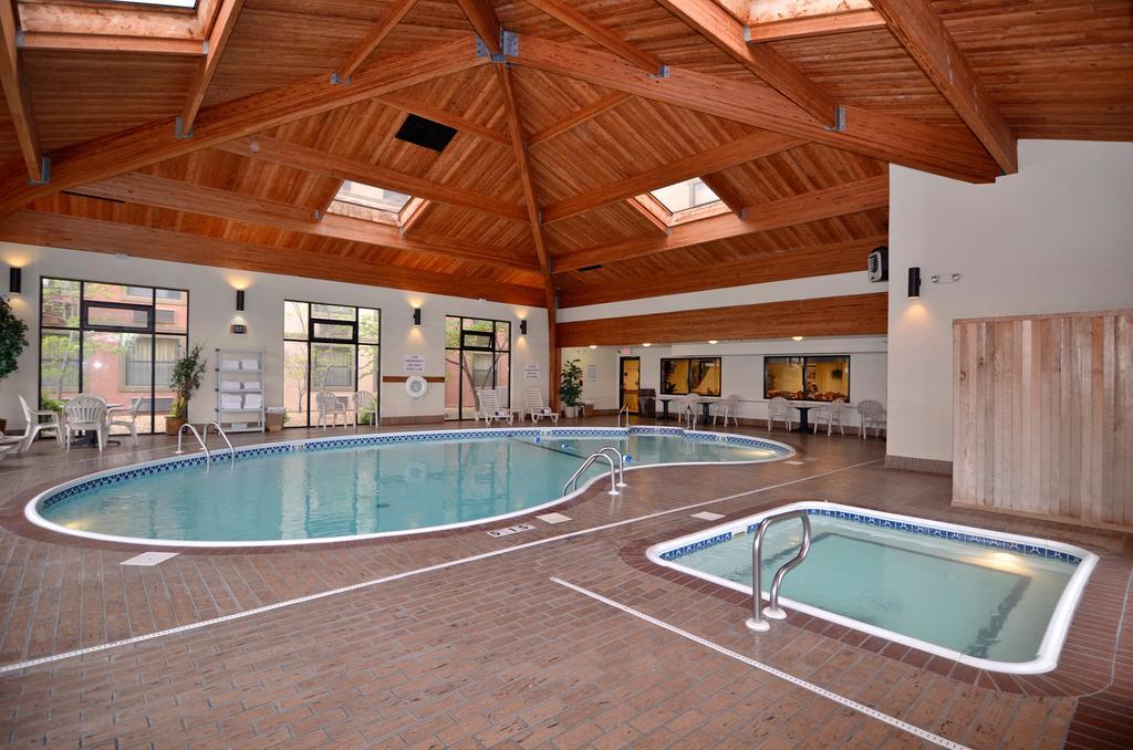 Indoor Pool Amp Hot Tub