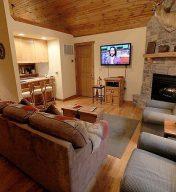 Stonebridge – Dragan's Den Cabin