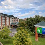 Holiday Inn Express Green Mountain Drive in Branson, Missouri