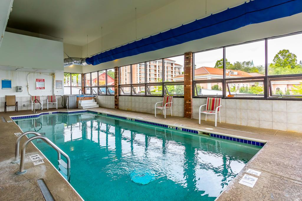 Quality Inn On The Strip In Branson Mo 2019 Specials