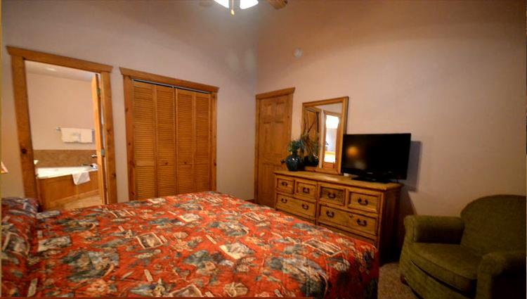 Stonebridge 2 Bedroom Cabin Branson MO Call 1 800 504 0115 The Tr
