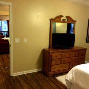 Master Bedroom (Flat-Screen TV)