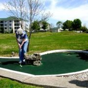 fall-creek-resort-mini-golf