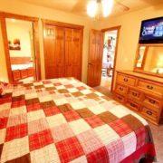 stonebridge-village-resort-cabin-bedroom