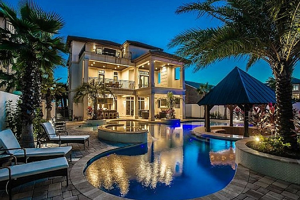 13 Incredible Mansions Amp Vacation Rentals Under 100 Per