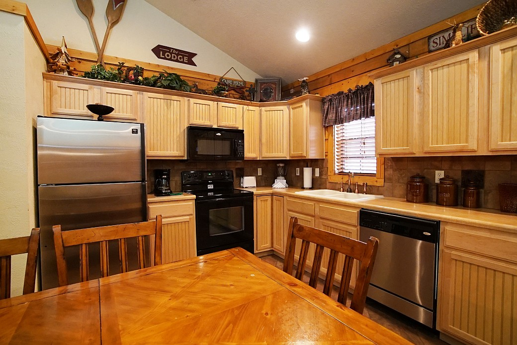 91ae5d5fb0 Cabins at Grand Mountain - 2 Bedroom Cabin - Branson Travel Office