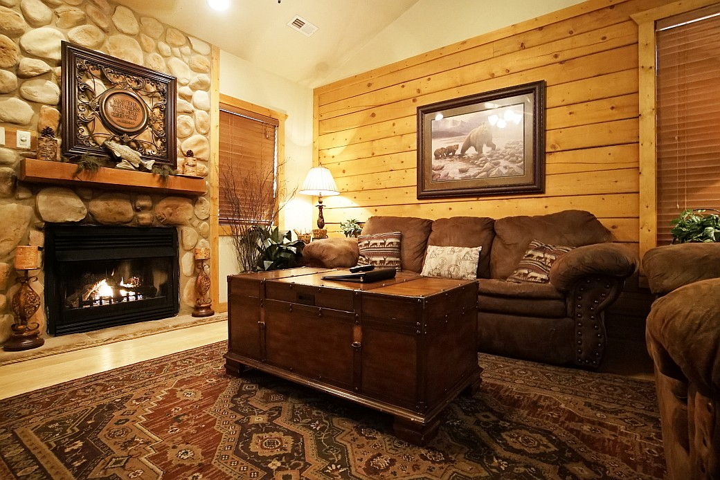 Cabins At Grand Mountain 2 Bedroom Cabin Branson