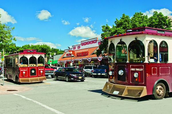 "The Discovery Trolley (""Sparky"") offers pick-up and drop-off at some of downtown Branson's most popular spots."