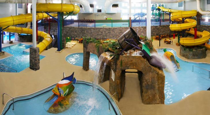 Castle Rock Resort & Water Park offers indoor and outdoor water areas for guests and visitors.