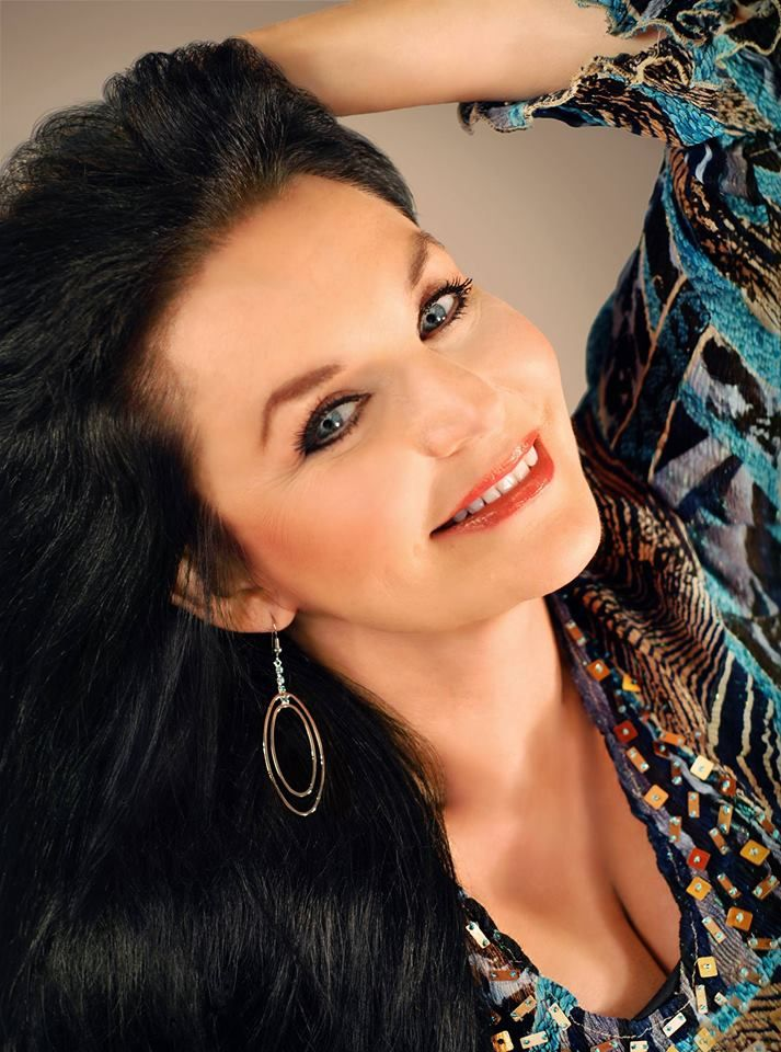 Crystal Gayle Packages