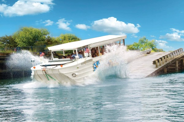 Take a duck ride tour through Branson and splash into Table Rock Lake!