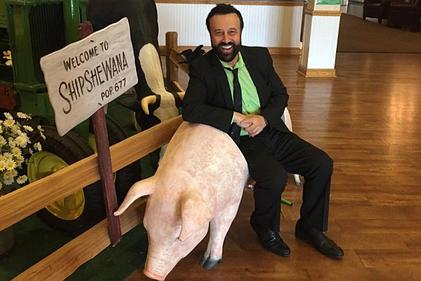 Returning to his home-away-from home in Branson, MO - Russian comedian and Soviet-era funnyman Yakov Smirnoff offers an entirely new show in 2018.