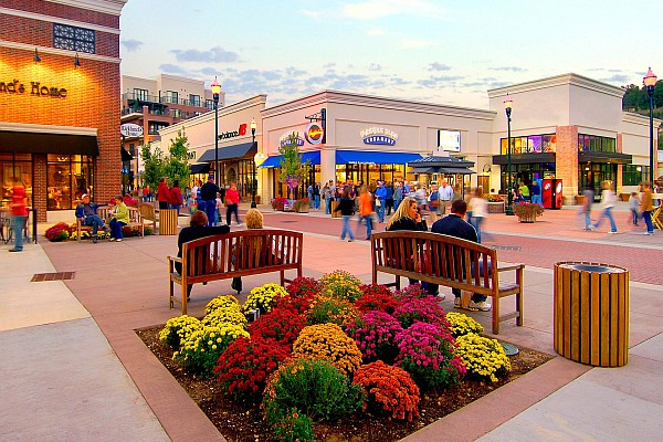 Check out Branson Landing's website for a current list of sales and discounts happening at the popular shopping and dining district.
