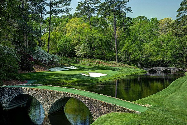 Located at the popular Stonebridge Resort, Ledgestone is a beautiful course tucked against the Ozark Mountains and valleys.