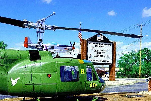 Branson honors Veterans and military personnel year-round with special discounts and savings