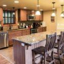 Kitchen & Breakfast Bar!
