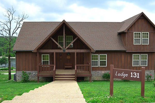 With four bedrooms and open floor plans, Stonebridge's vacation cabin rentals offer an amazing way to stay (save) on your next trip!