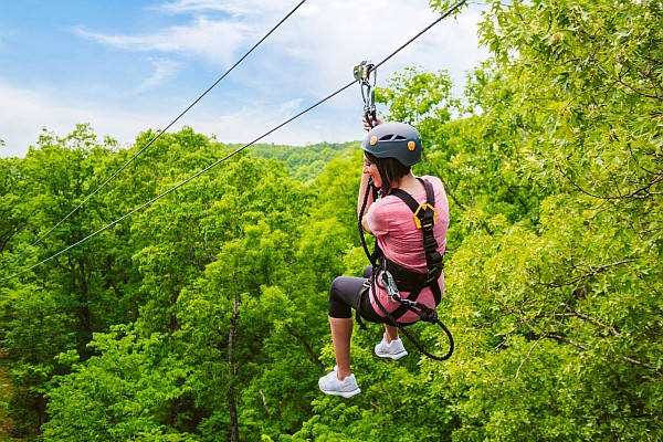 From the traditional treetop experiences to unique ziplining rides, Branson offers nearly a dozen different thrilling ziplining attractions!