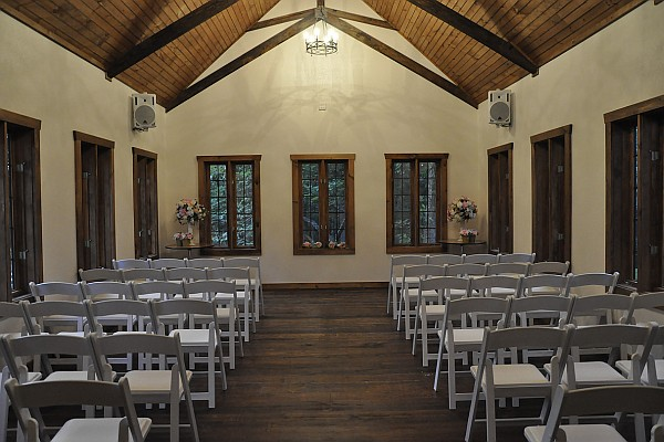 The Homestead at Rosewood offers intimate and personal wedding ceremonies