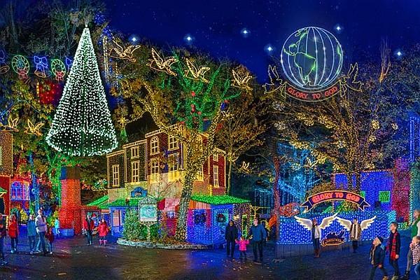 Silver Dollar City Christmas.5 Of The Best Branson Christmas Light Displays Branson